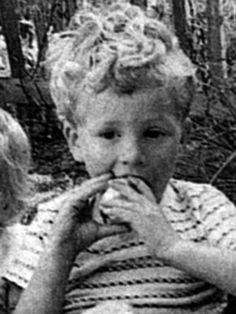 Colin Firth...AS A BABAY XD