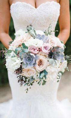 Wedding Bouquet -Photographer: Josh Elliott Photography