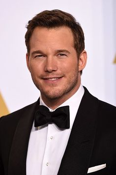 Chris Pratt lip syncing Taylor Swift? Yes, please