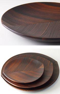 【杉の木クラフト木の葉皿(漆仕上げ)30cm】