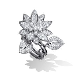 Van Cleef & Arpels - Van Cleef & Arpels - Lotus Between the Finger ring