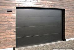 San Francisco Bay Area Modern Garage Doors in a Minimalistic Design Contemporary Garage Doors, Modern Garage Doors, Garage Door Styles, Garage Door Design, Modern Door, Tiny House Exterior, Garage Exterior, Modern Exterior, Exterior Doors
