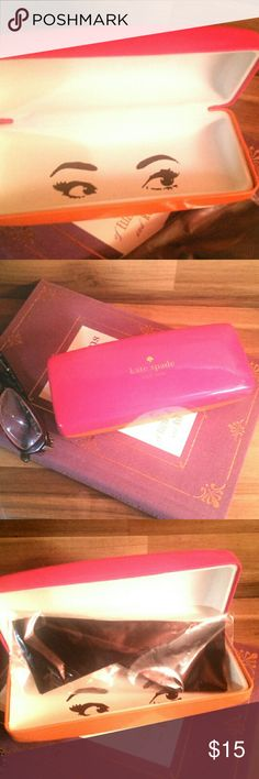 NWOT Kate Spade Glasses Case NWOT Kate Spade Glasses Case with cleaning cloth still in wrapping. Great condition, has a little dent on the corner from storage. I tried to pick it up in the photo, but it's slight.  Offers are welcome! kate spade Accessories
