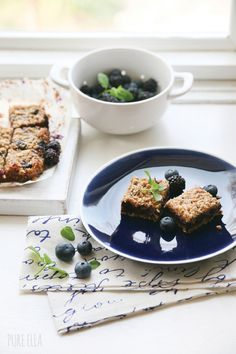 Gluten-Free Raspberry, Blueberry And Pistachio-Almond Crumble Recipe ...