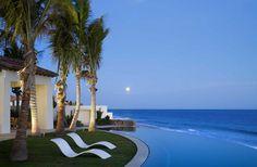 Tropical beach house retreat in Cabo San Lucas