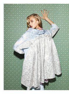 anna selezneva photo shoot5 Anna Selezneva Models Spring Style for Vogue Latin America Spread