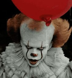 halloween makeup ideasBill Skarsgårds Pennywise Smile Is Creepy AF Out Of Make-Up Too And Its Ruining My Fantasies Es Der Clown, Le Clown, Clown Faces, Creepy Clown, It Clown Mask, Clown Makeup, Halloween Makeup, Halloween Face, Halloween Photos