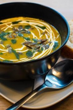 Delicious soups and brunches at Bastant Thai Red Curry, Brunches, Meals, Bergen, Ethnic Recipes, Soups, Restaurants, Food, Velvet