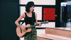 Aesthetic Girl, Cool Photos, Music Instruments, Celebrities, Cute, Women, Spain, Brunettes, Pictures
