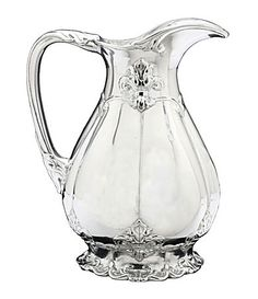 This Arthur Court Fleur-de-lis pitcher features a footed base, and a beautiful fleur-de-lis design. The large spout is handy for pouring, while the handle is generous in size. Glamour Decor, Crystal Glassware, Waterford Crystal, Cut Glass, Glass Art, Bed Bath & Beyond, Arthur Court, Glass Pitchers, Serveware