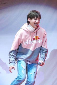 Jinu at Ellesse Fan Party 20180105 Kim Song, Winner Jinwoo, Rain Jacket, Bomber Jacket, Kang Seung Yoon, Song Mino, 54 Kg, Mobb, Winwin