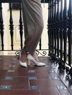 Ciel Doux, sustainable high heels with 100% ecological leather and heel made from 100% wood. Feel chic, feel sustainable!