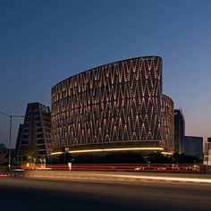 Mondeal Square in Ahmedabad / Blocher Blocher Partners