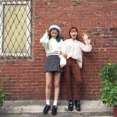 쥬피치(kjiwoo10)'s style | 165와 157의 가을 트윈룩  instagram:zoopeach #데일리룩 #dailylook #가을코
