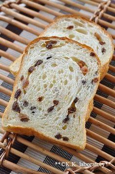 Jika dibakar lembab ringan renyah ♪ khusus roti kismis - Konako laboratorium
