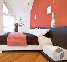 Ein Gemütliches Schlafzimmer Aus Dem Haas MH Hessdorf 169 Von Haas Haus |  Finde Mehr Informationen