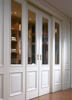 Sliding Double Doors - Customize your doors perfectly into the living room. Particularly through doors or folding doors, there are new dimensions of living.