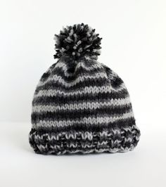 How to knit a simple hat for your little one