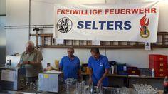 25.9.2016  Löscheinsatz bei der FFW Selters. Denn denn die Kameraden helfen uns beim Sommerfest beim Durstlöschen unserer Gäste.