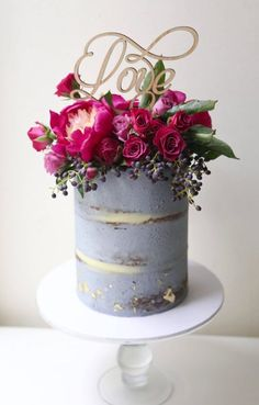 Wedding cake idea; Featured Cake: Sweet Bakes                                                                                                                                                      More