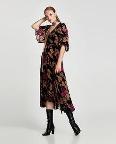 ZARA - WOMAN - DEVORÉ VELVET MIDI DRESS