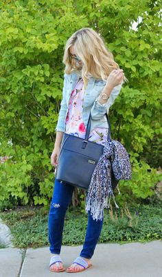 tie your scarf on the outside of your purse, spring fashion, anthropologie sandals, jean jacket, black tote bag