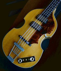 1961 Hofner 500/1 Violin Bass