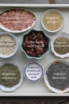 The best DIY projects & DIY ideas and tutorials: sewing, paper craft, DIY. DIY Skin Care Recipes : Tub tea bath soak - CUSTOM: large size tea bag - made to order - filled with organic herbs and flowers, essential oils, and salts Spiritual Bath, Diy Masque, Bath Tea, Milk Bath, Bath Recipes, Diy Spa, Organic Herbs, Homemade Beauty Products, Diy Skin Care