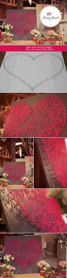 Met veel spijkers op een grote plank en rood garen maak jij een mooi liefdeshart.