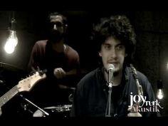Pinhani - Bir Elmanın Yarısı (JoyTurk Akustik) - YouTube