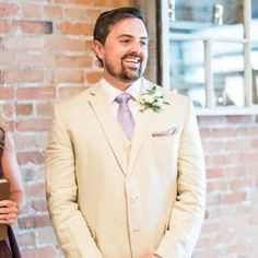 Don't forget #groomstyle . He's looking sharp in his #whitesuit at the #firstlook of his #bride.
