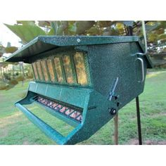 Kay Home Products 7511I Birds Choice Squirrel Proof Feeder - Walmart.com