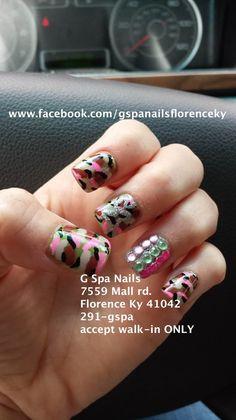 Camo nails