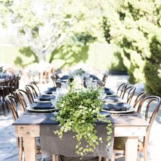 So in love with the natural setting from yesterday's wedding in Malibu with @bashplease @melissalpearson @twigandtwine @heirloomla @matthewpoley