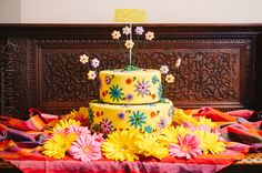 Hippie Themed Birthday Party - The Celebration Society Hippie Birthday Party, Hippie Party, 60th Birthday Party, Birthday Cakes, Happy Birthday, 60s Party, Disco Party, Party Party, Party Time