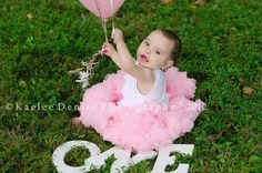 1 year old picture ideas   one year old portrait session   Photography ideas