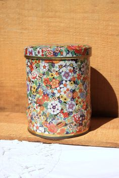 Vintage Round Daher Tin with Flower Design lidded by LuckyPecky
