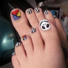 12 Halloween Toe Nail Art Designs & Ideas – Tips For Organizing Your Dog Supplies Nail Art Designs, Pedicure Designs, Winter Nail Designs, Winter Nail Art, Winter Nails, Halloween Toe Nails, Halloween Nail Designs, Spooky Halloween, Cute Toe Nails