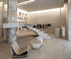Organic Brutalism: Haight Fashion Store in Rio de Janeiro, Brazil by MNMA Studio Retail Store Design, Retail Shop, Retail Displays, Shop Displays, Merchandising Displays, Window Displays, Boutique Interior, Interior Walls, Interior Design