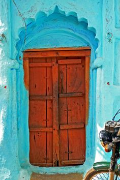 Old Wooden Door In India (by TablinumCarlson)