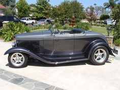 1932 Ford Roadster | 732941