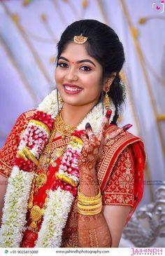 Muslim Wedding Photos, Indian Wedding Photos, Indian Wedding Couple Photography, Bride Photography, Christian Bride, Wedding Stills, Pre Wedding Photoshoot, Kerala, Garland