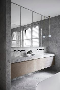 Small bathroom renovations 517984394642290157 - TCL House by Mim Design Modern Bathroom Design, Bathroom Interior Design, Decor Interior Design, Bathroom Designs, Modern Bathroom Lighting, Restroom Design, Bathroom Images, Industrial Bathroom, Modern Industrial