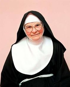 """You can see on this nun, the """"GUIMPE"""" almost goes down to her cord-belt."""