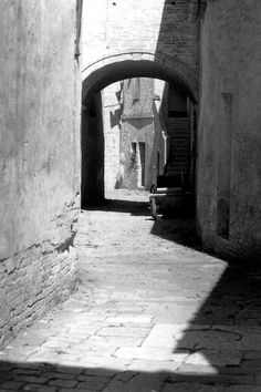 Vecchio borgo. by Giancarbon.deviantart.com on @DeviantArt