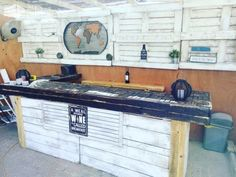 Meal Without Wine Pallet Summer Bar Makes Relaxing Easy! DIY Pallet Bars