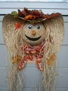 Over 40 of the BEST Homemade Halloween Decorating Ideas Straw Hat Scare Crow Fall Wreath.these are the BEST Homemade Halloween Decorations & Craft Ideas! Homemade Halloween Decorations, Fete Halloween, Halloween Crafts, Halloween Wreaths, Halloween Ideas, Fall Decorations, Vintage Halloween, Outdoor Halloween, Halloween Costumes