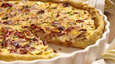 La Ricetta della Torta Rustica con pancetta, patate e porri. Leggi come realizzare in casa questo delizioso piatto unico, tipico della tradizione piemontese