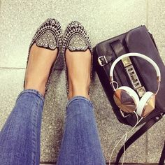 Shoes & headphones