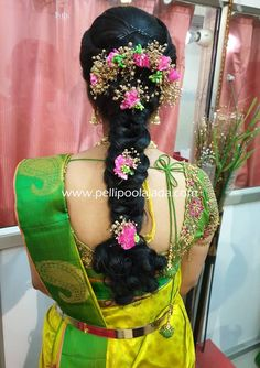 Order Fresh flower poolajada, bridal accessories from our local branches present over SouthIndia, Mumbai, Delhi, Singapore and USA. Indian Hairstyles For Saree, South Indian Wedding Hairstyles, Bridal Hairstyle Indian Wedding, Saree Hairstyles, Bridal Hair Buns, Bridal Hairdo, Bride Hairstyles, Bridal Braids, Simple Hairstyles